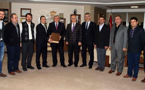 Başkan Karaosmanoğlu'na Ufka Yolculuk Tanıtımı